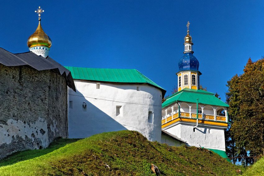 монастырь — Свято-Успенский Псково-Печерский монастырь — Печоры, фото №10