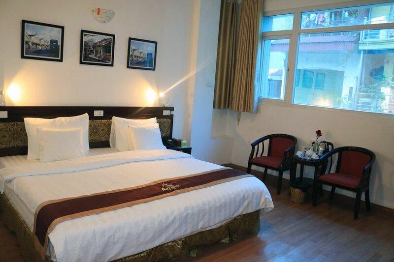 A25 Hotel 80 Mai Hac De