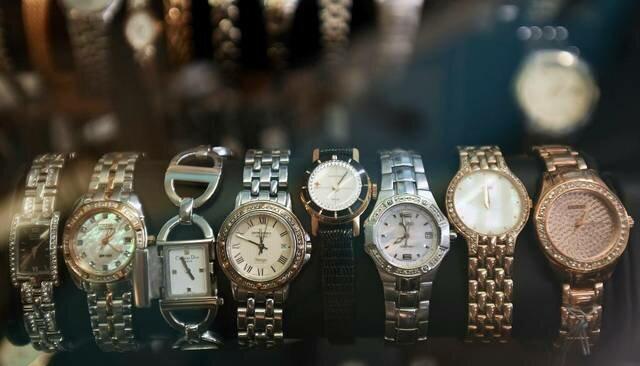 Скупки часов магазин дорогих часов москве ломбарды в