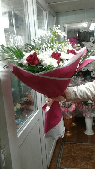 Заказать цветы в гагарина