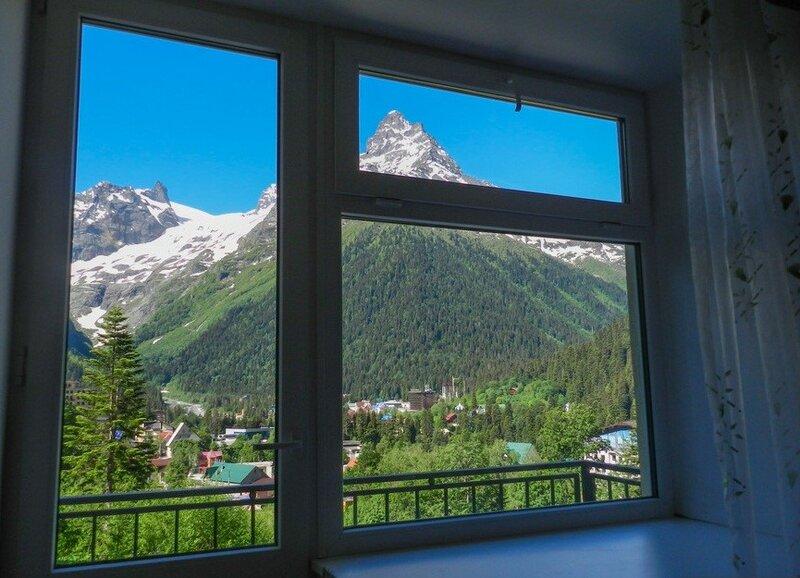 Elbrus Highloft Hostel