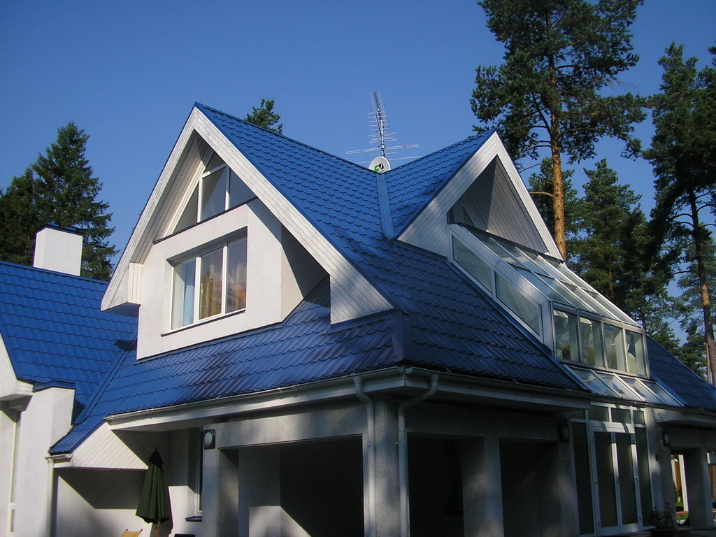 того, если фото фасад дома с синей крышей одежде