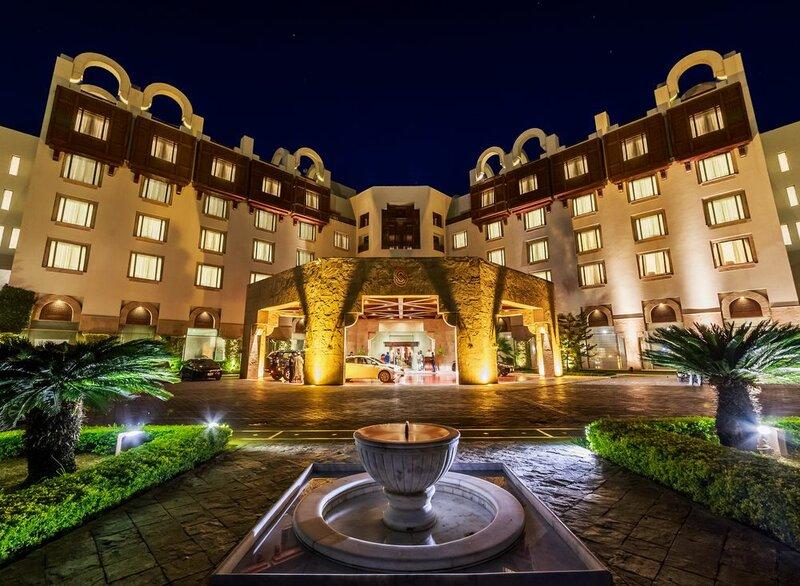 Гостиница Islamabad Serena
