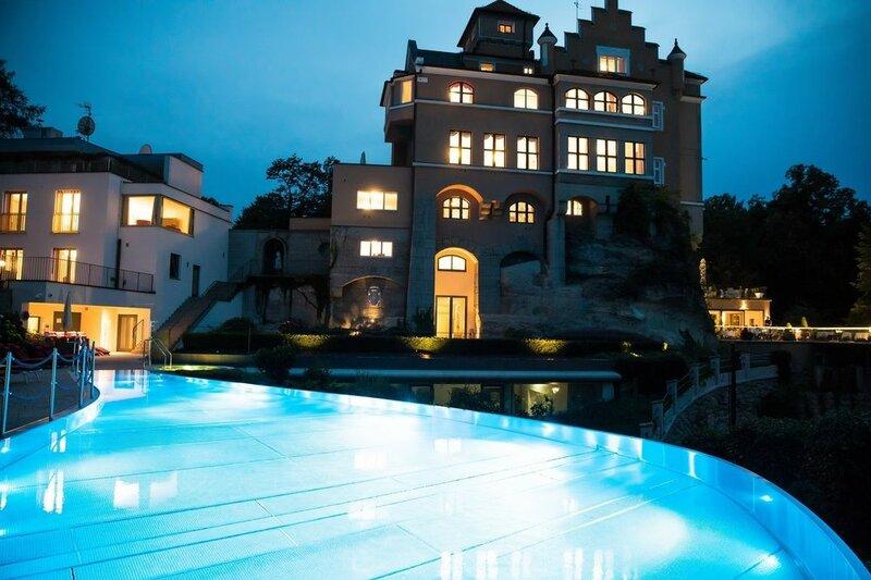 Schloss Mönchstein Hotel