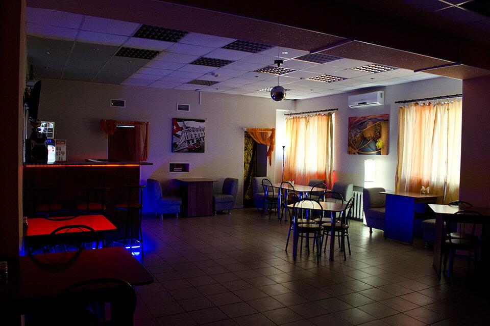 кафе хмелек омск фото можно встретить только