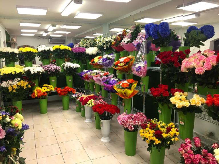 Лучшие магазины цветов и подарков москвы