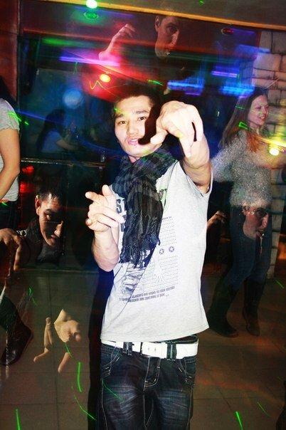 Клубы уралмаша ночные мужской клуб рокси