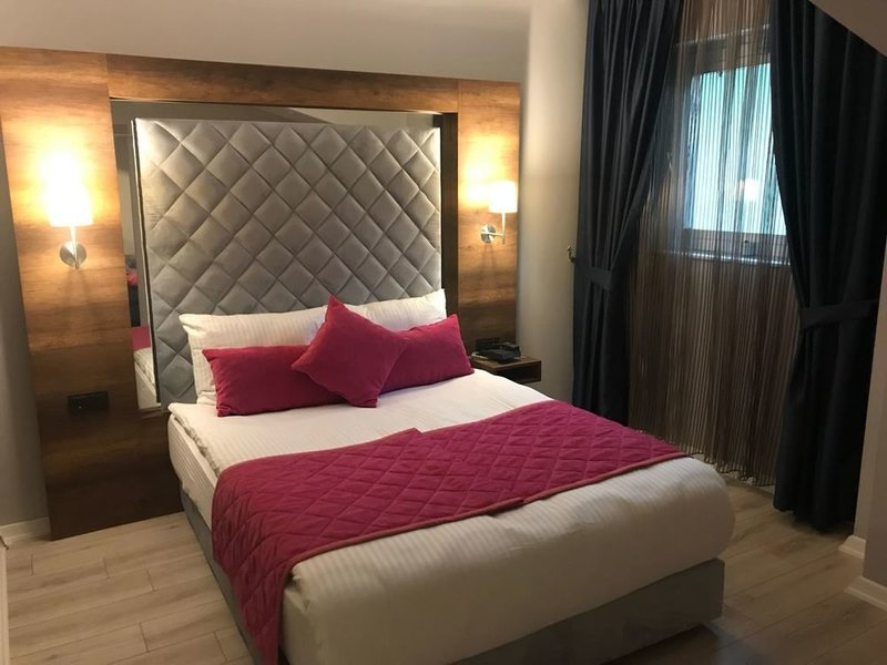 Double Bond Hotel SPA