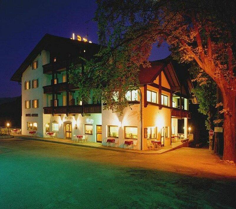 Hotel & Camping Gisser