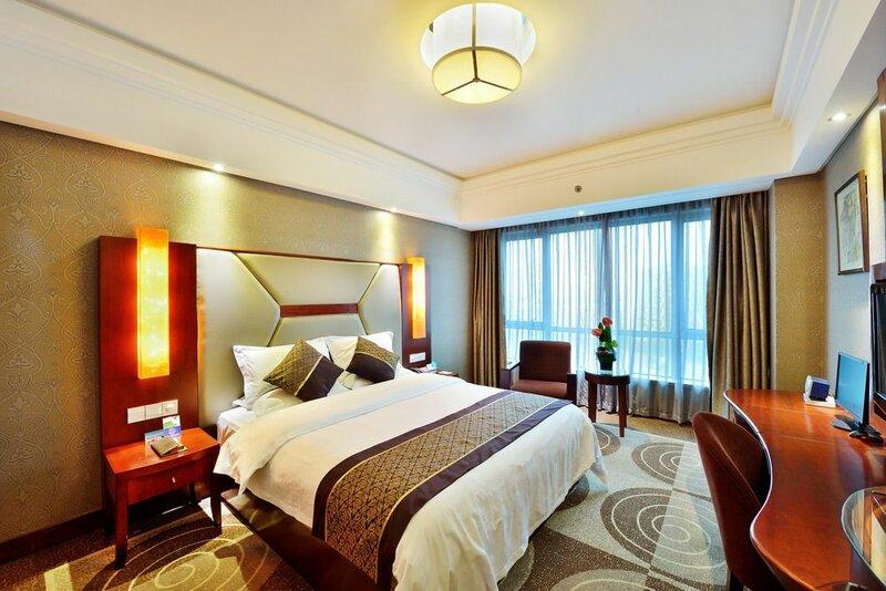 Excemon Cixi Guomai Hotel