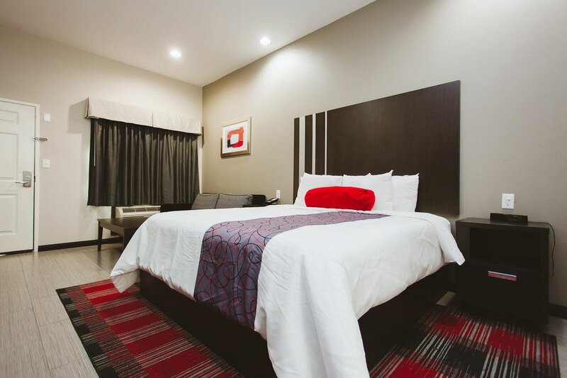 Americas Best Value Inn and Suites Iah Airport North