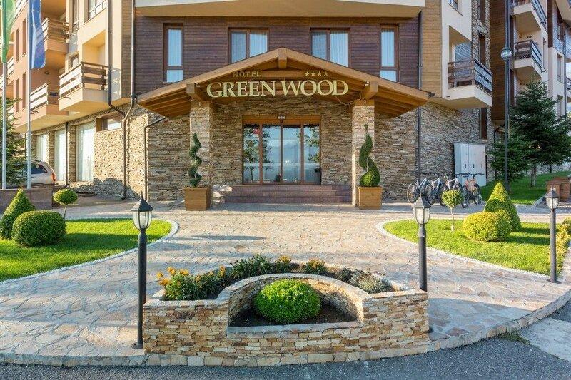 Green Wood Hotel