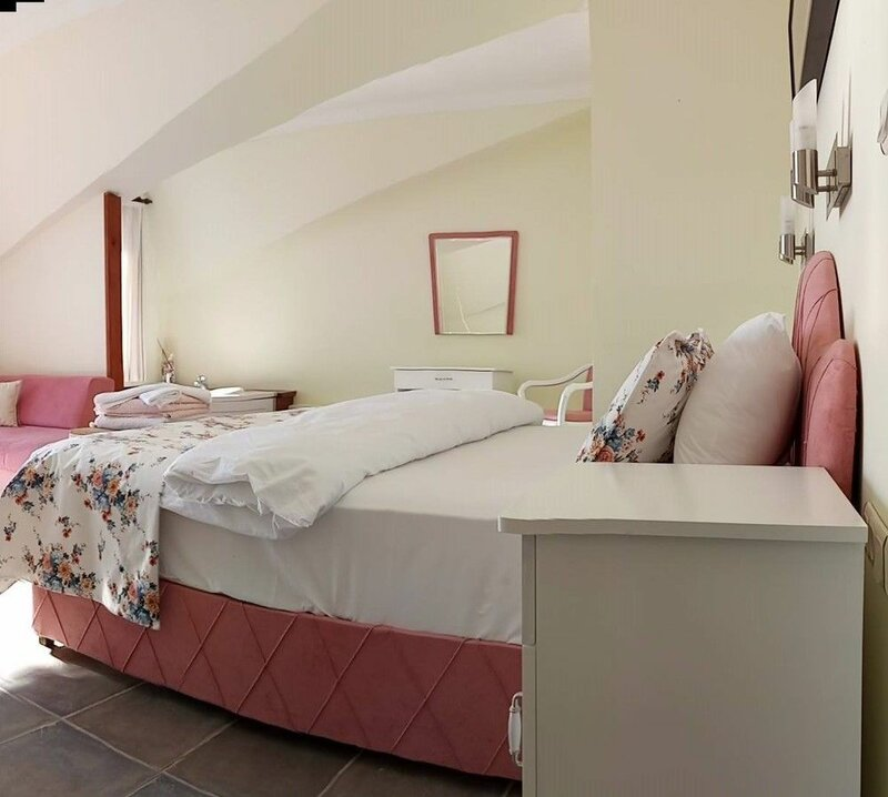 Dolphin Boutique Hotel