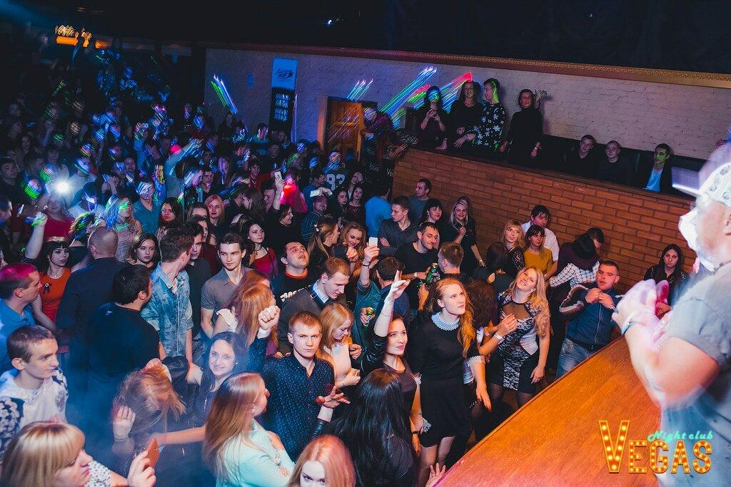 Ночной клуб в великих луках купить футболку футбольного клуба в москве