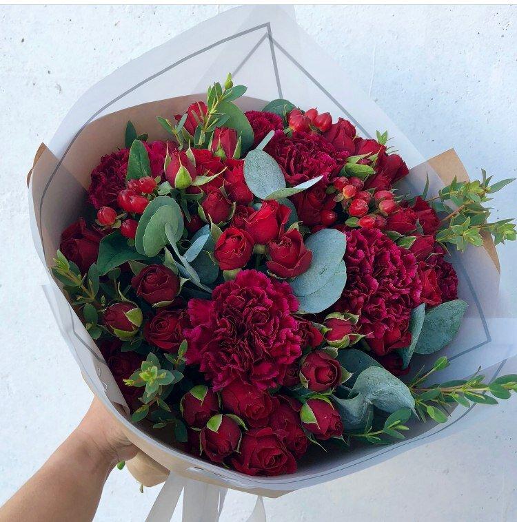 Поставщики цветов сургут