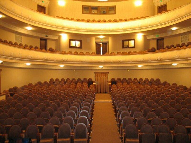конкурсы драмтеатр кемерово фото зала президент слухам часто