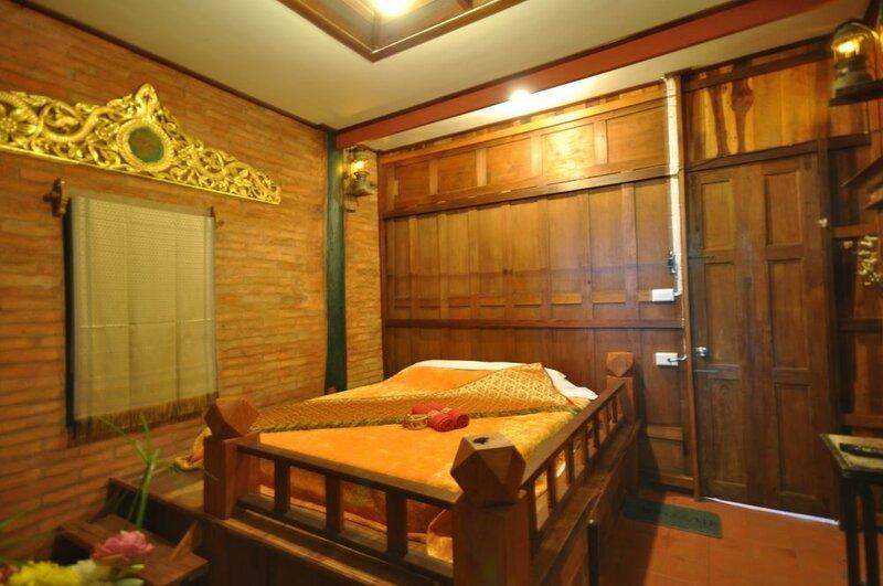 Ayutthaya Bouchic Hostel