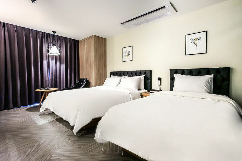 Hotel 9 in Dongdaemoon