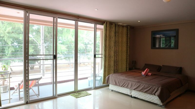 Sunee Mae Phim Apartment