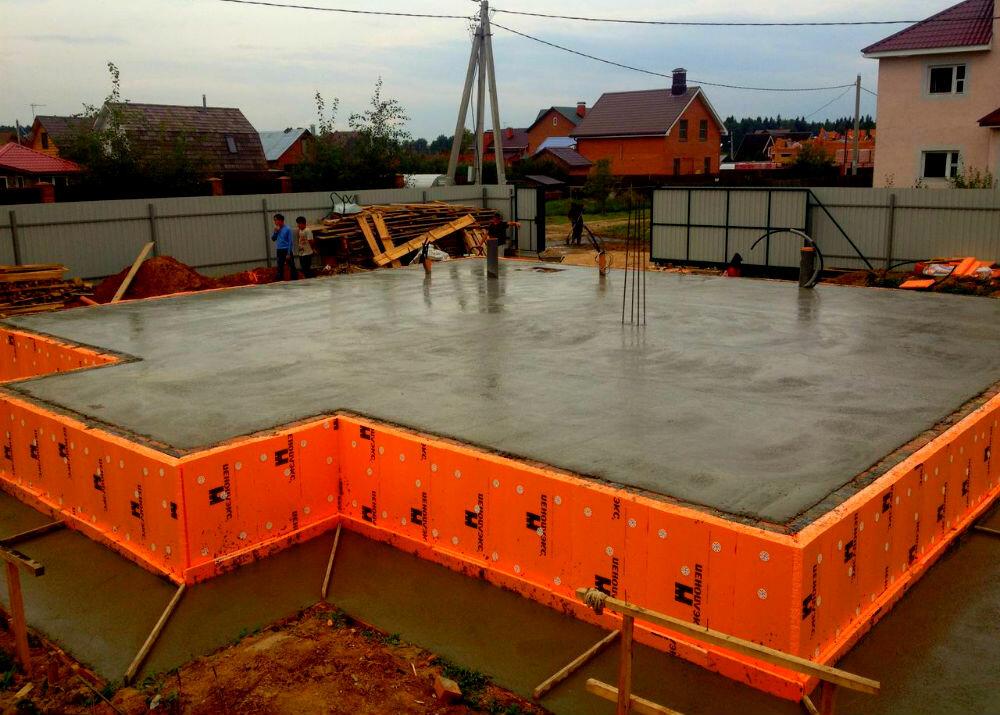 сколько сохнет фундамент из бетона под дом