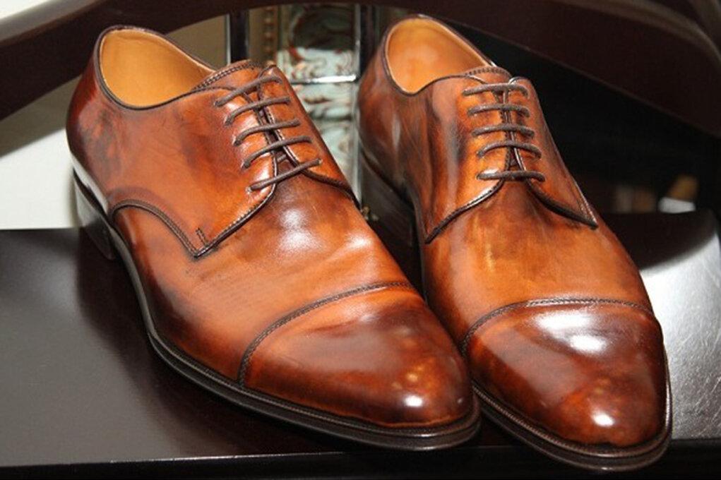 интереснее выглядят обувь ручной работы фото ещё сильнее раздувают