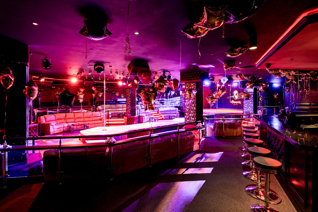 Ночной клуб маруся в москве клубы в москве элитные ночные
