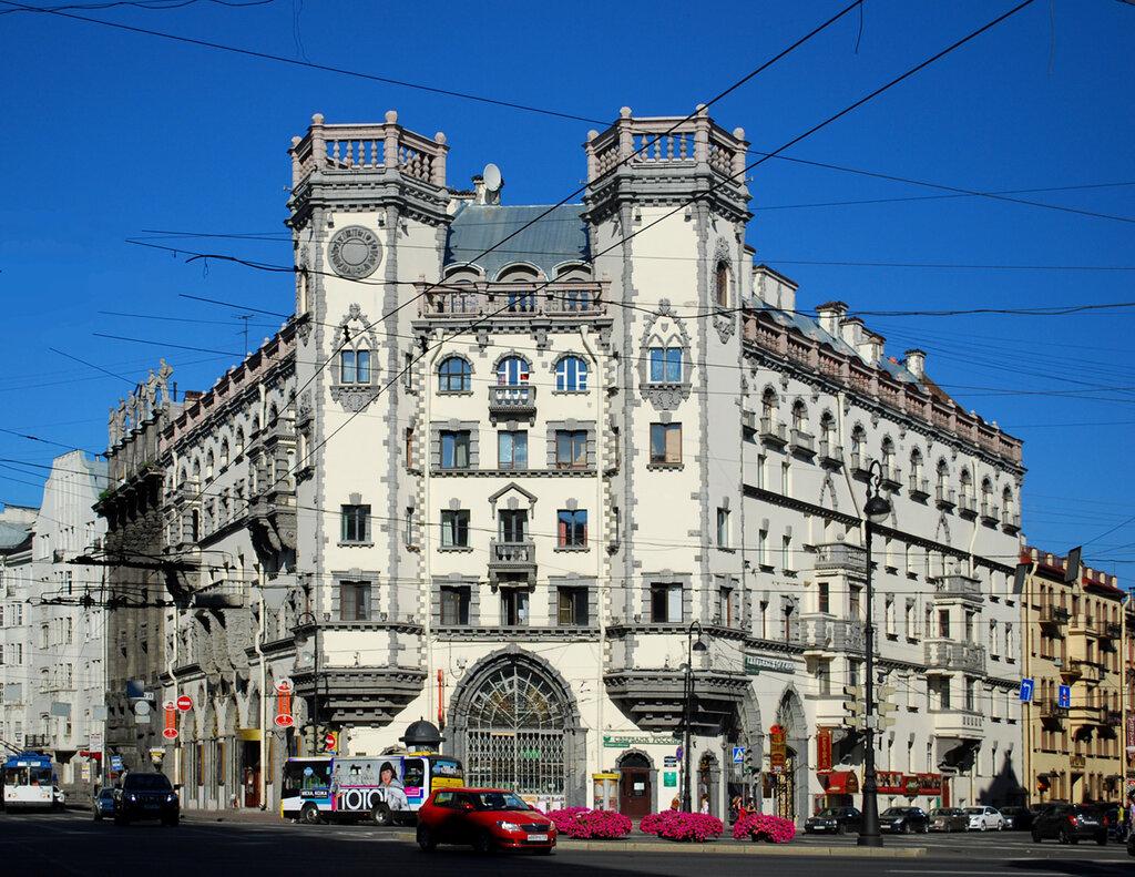 новостройке фото необычных зданий в санкт петербурге мнению