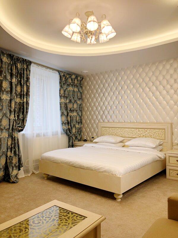 Отель Aravana