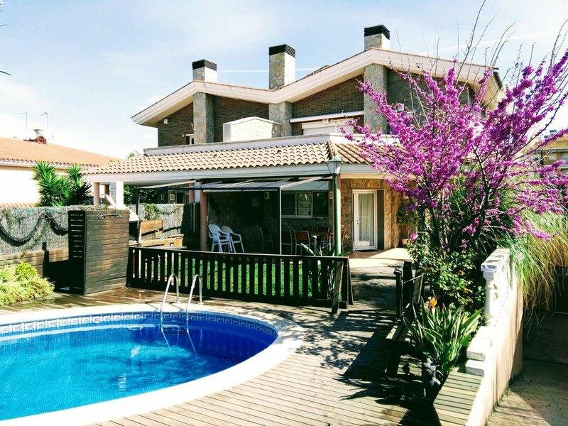 Offer July Accommodation Villa Moles Near Beach, Port Aventura and Golf