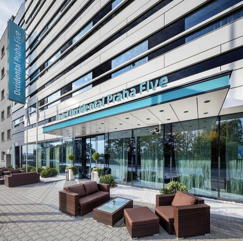 Отель Occidental Praha Five