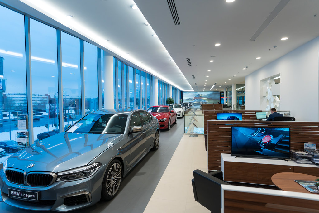 Автосалоны москвы официальные дилеры бмв продажа авто в автосалонах москвы б у