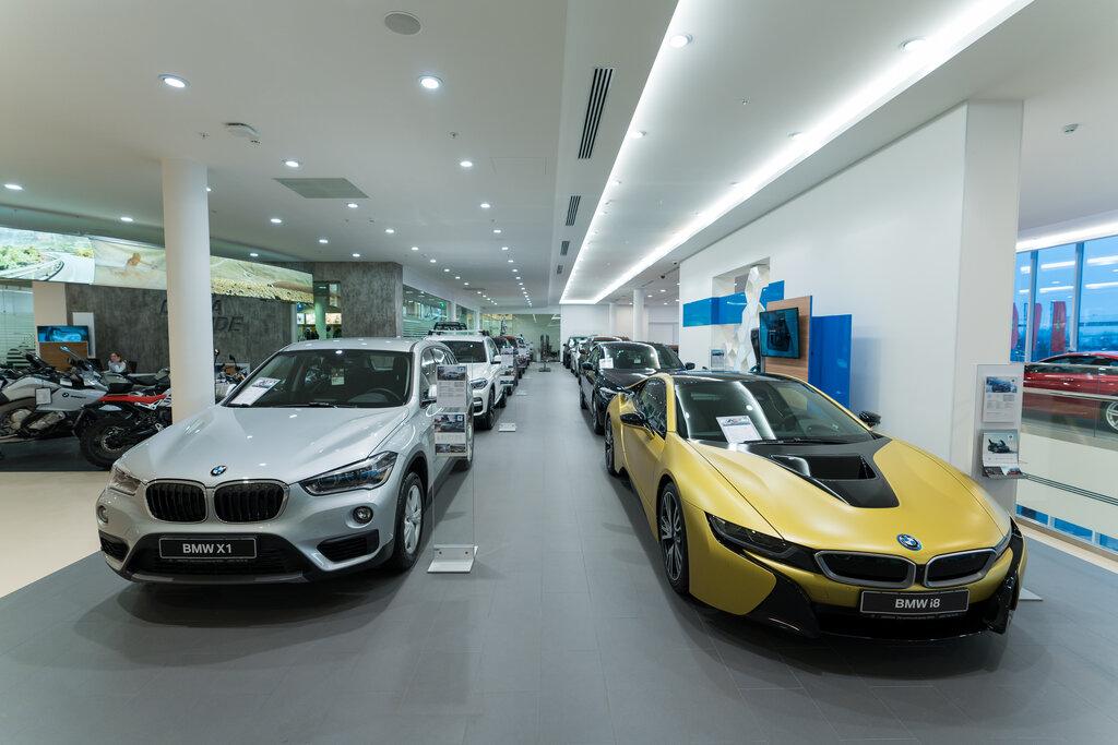Bmw автосалоны в москве адреса все вакансии менеджера по продажам в автосалонах москвы