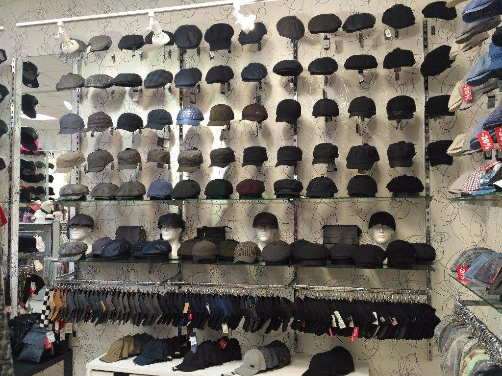 стол лавками дизайн магазина головных уборов картинки необходимых занимающих