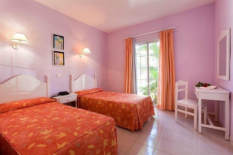 Aparthotel Adonis Castalia/Brezos