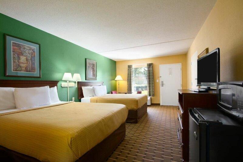 Days Inn & Suites by Wyndham Duncan/Spartanburg