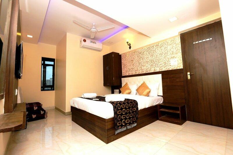 Hotel Sarah Inn