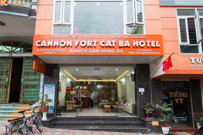 Cat Ba Seaview Hotel