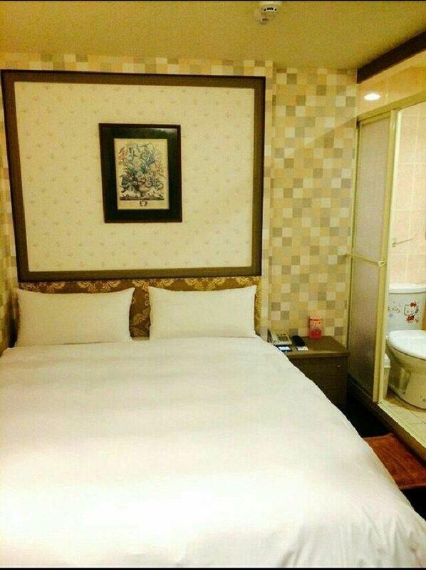 Yachuan Hotel