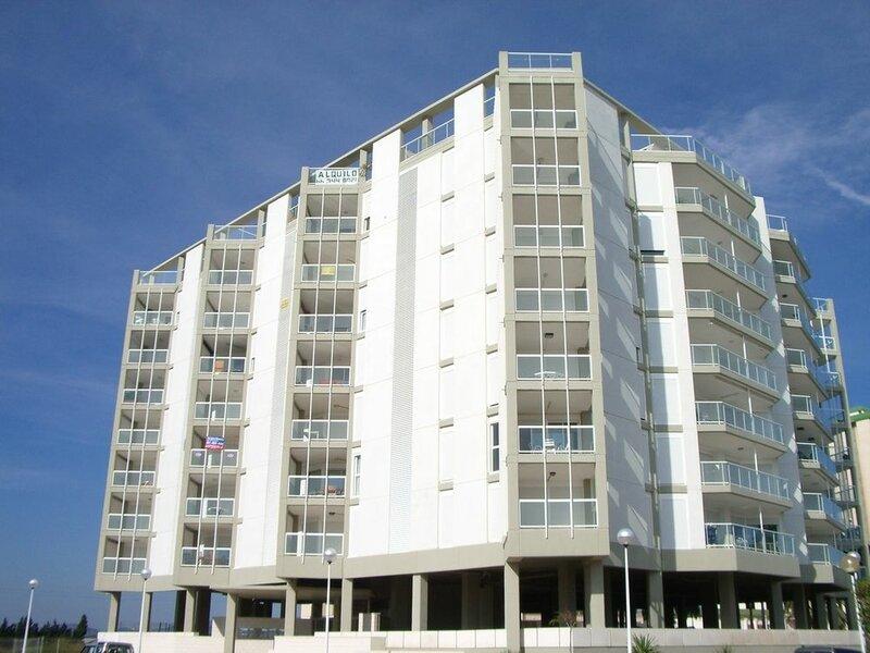 Modern Penthouse Apartment on the Beach