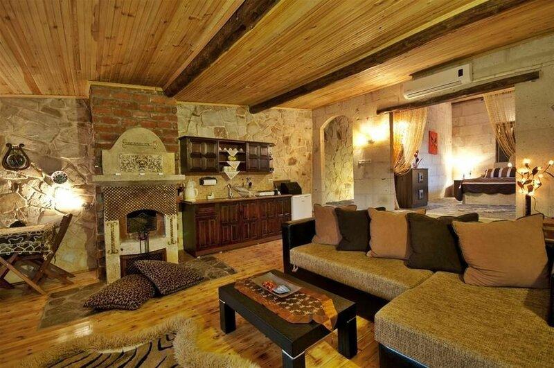 Adanos Guest House