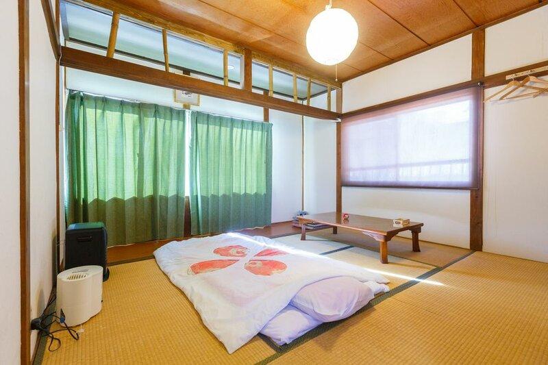 Guesthouse Asobi Factory - Hostel