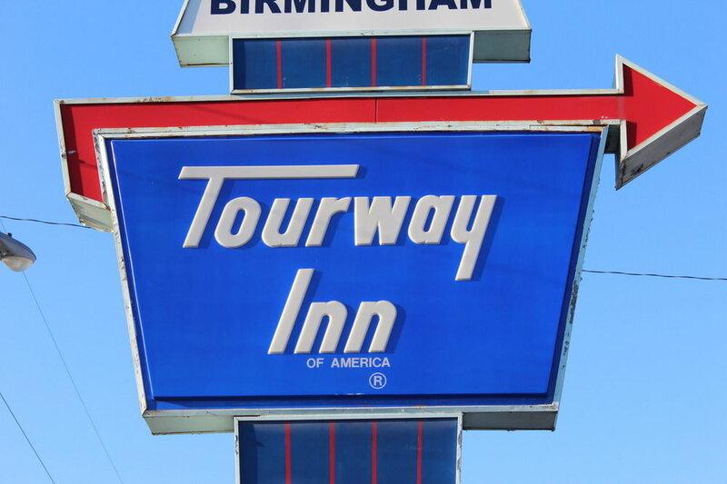 Tourway Inn