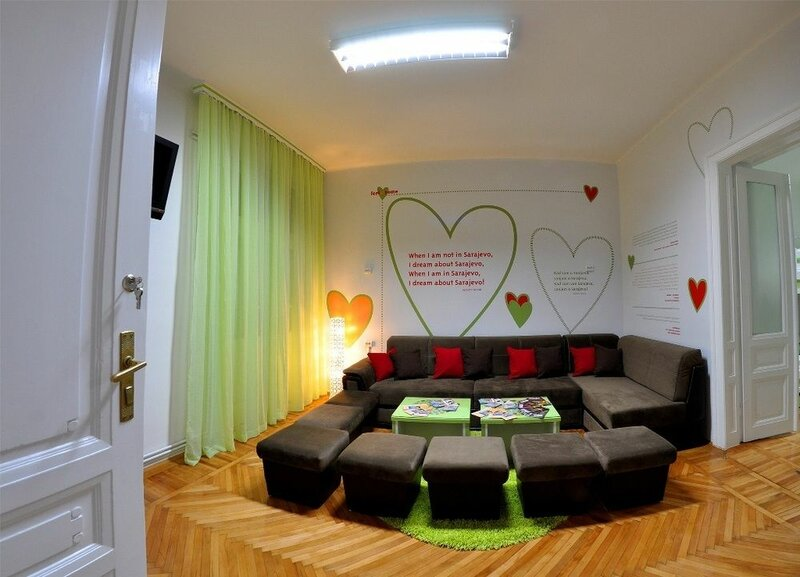 Hostel For Me