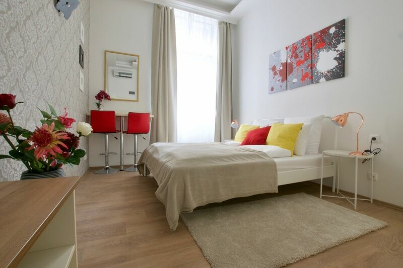 St. King 11 by Hi5 Apartments