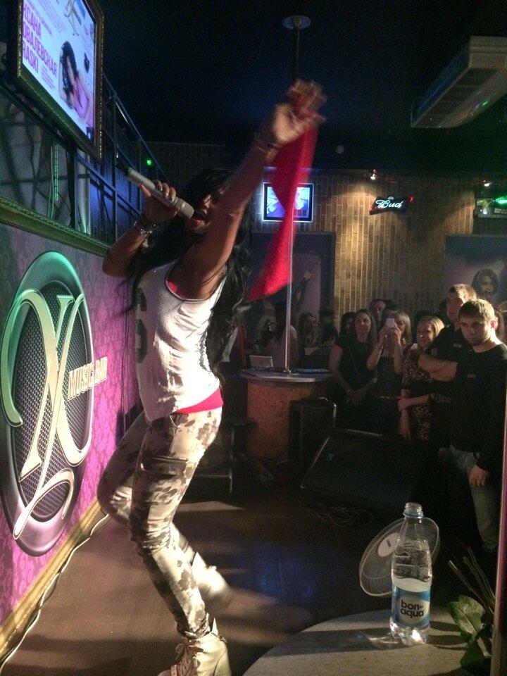 Ночной клуб xl в лесосибирске на лучший стриптиз в ночных клубах