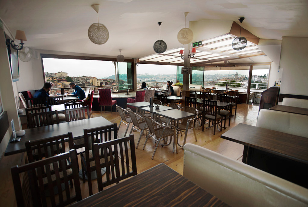 kafe — Symbol Cafe & Rest — Beyoğlu, foto №%ccount%