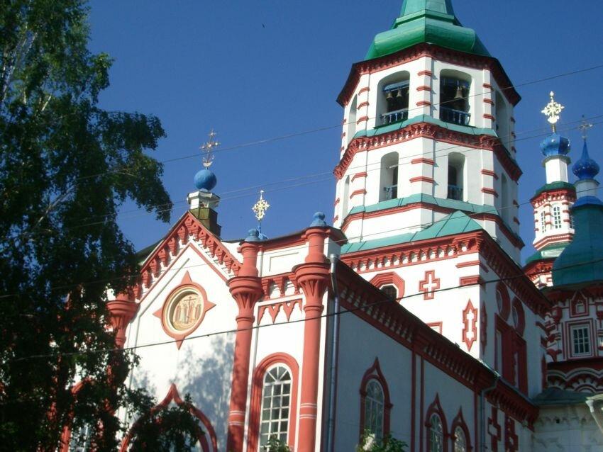 вот изнеженные фото крестовоздвиженской церкви в иркутске около счастливая молодая