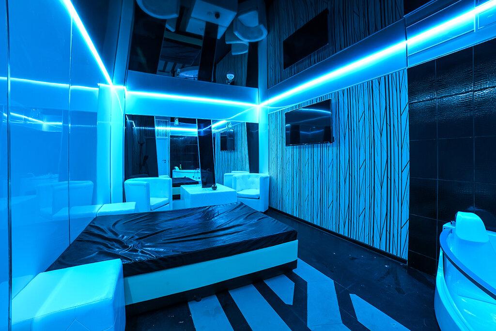 Массажный клуб москва фото девушки в ночных клубах москвы