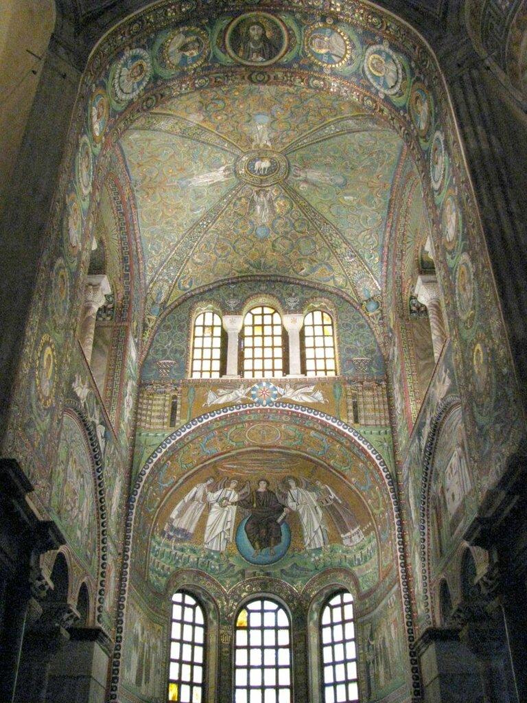 католический храм — Сан-Витале — город Равенна, фото №5