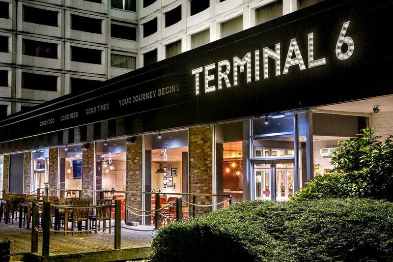 Holiday Inn London - Heathrow M4, jct. 4